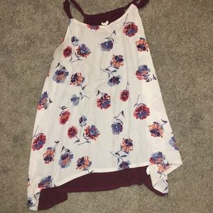 🌸Maurices beautiful sheer floral tank 🌸